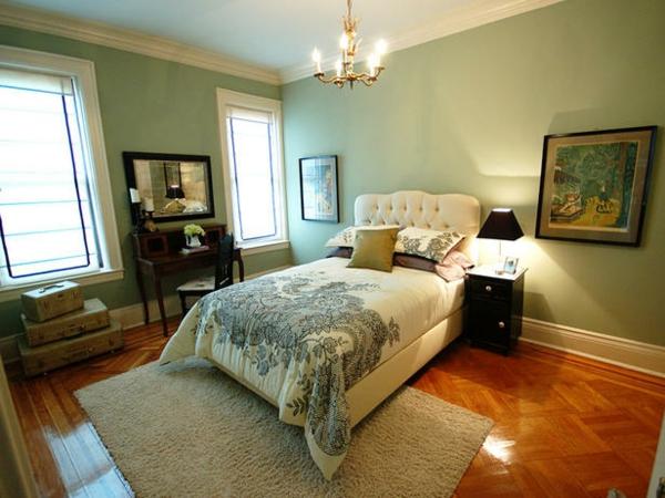 Das Schlafzimmer günstig einrichten kronleuchter teppich kopfbrett weiß
