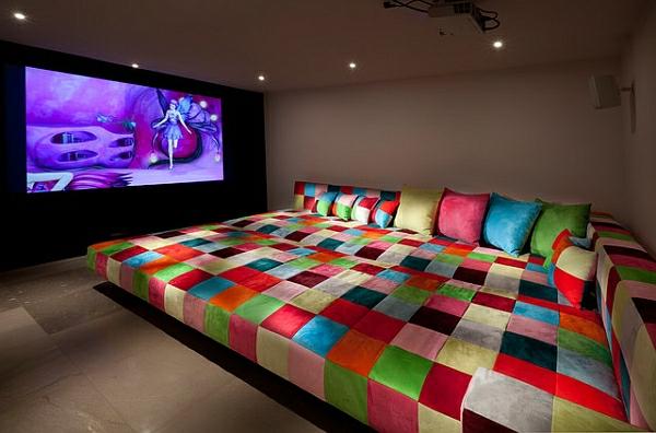 Die Besten Ideen Für Wohnzimmer Sofas Bunt Quadraten Kino