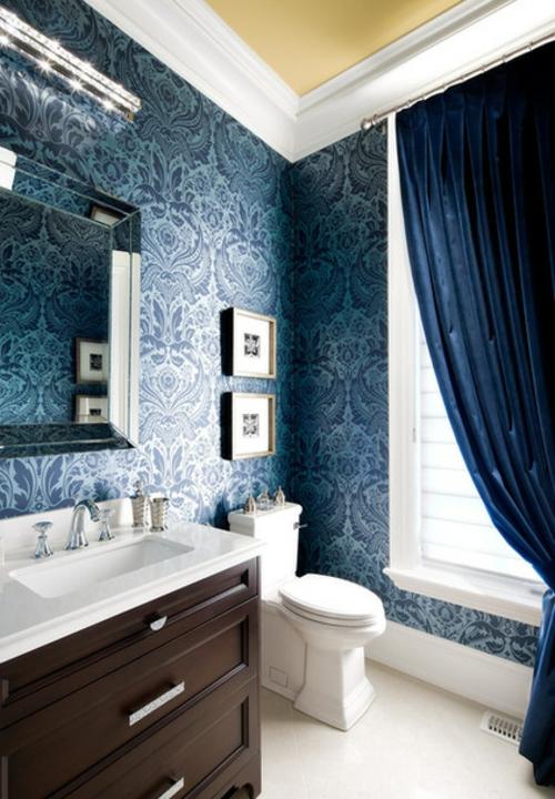 Heimtextilien und Texturen richtig kombinieren dunkel blau tapeten badezimmer