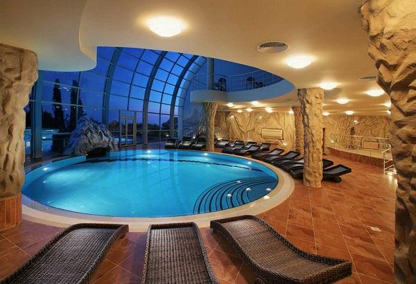 Ideen für großartiges Hallenbad galaktisch schwimmbad