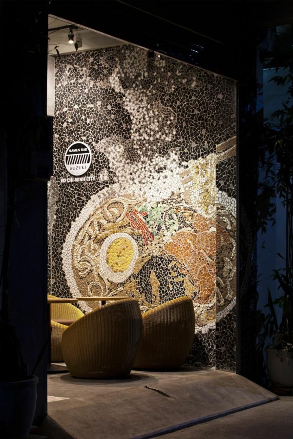 Wandgestaltung mit Mosaikfliesen im Nudel sessel schüssel pasta