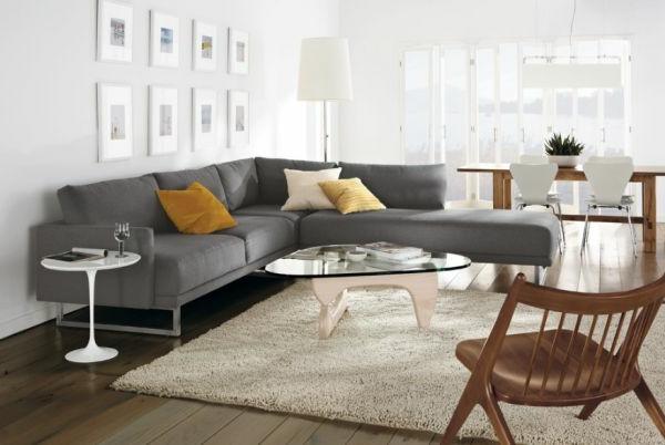 couch wohnzimmer:Wohnideen für zeitlose Möbel sofa grau couchgarnitur warm