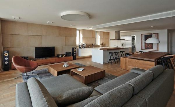 appartement warme holznuancen und graue farbtöne