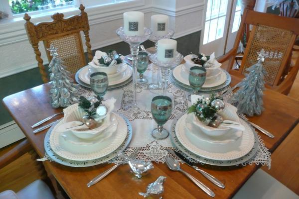 bunte Wohnideen für Weihnachtsdekoration tischdeko