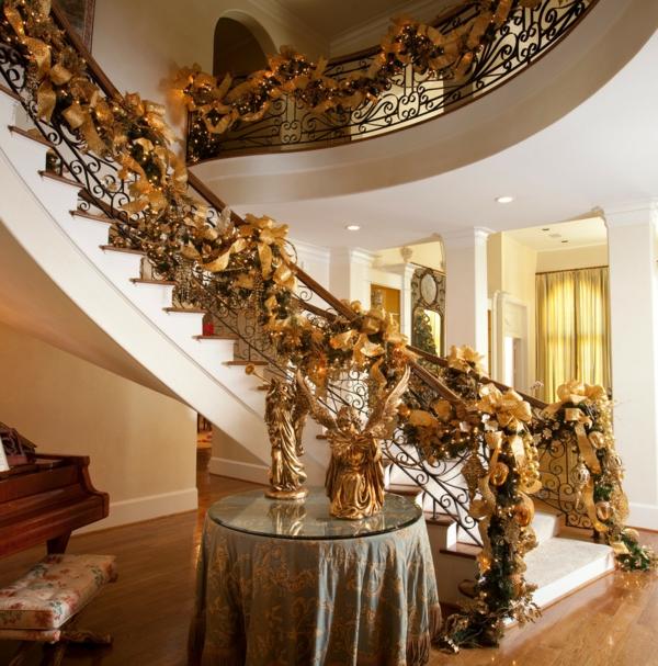 bunte Wohnideen für Weihnachtsdekoration treppe geländer