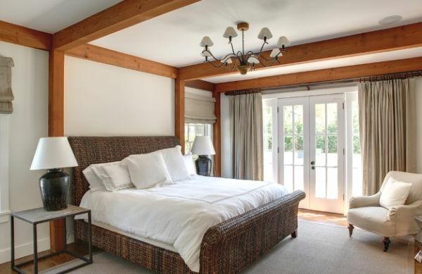coole Betten im Kolonialstil schlafzimmer französisch türen fenster
