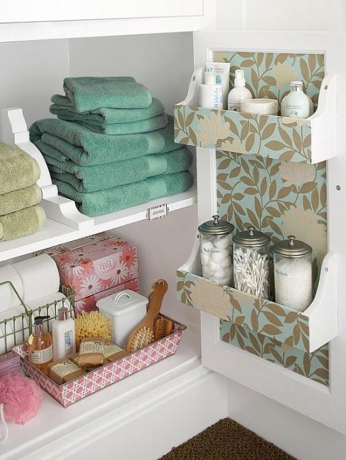 gestaltung fürs kleine Badezimmer praktisch tücher