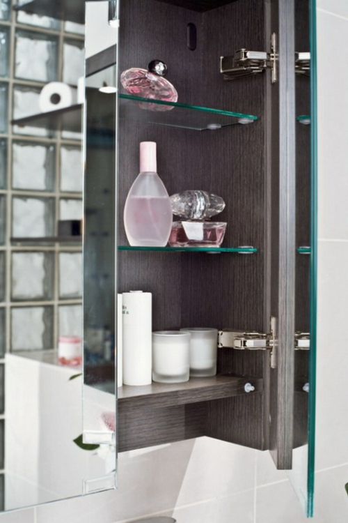 coole Einrichtungsideen fürs kleine Badezimmer regale glas schrank
