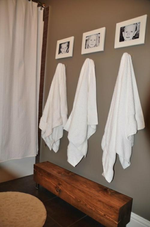 coole Einrichtung fürs kleine Badezimmer sitzbank holz