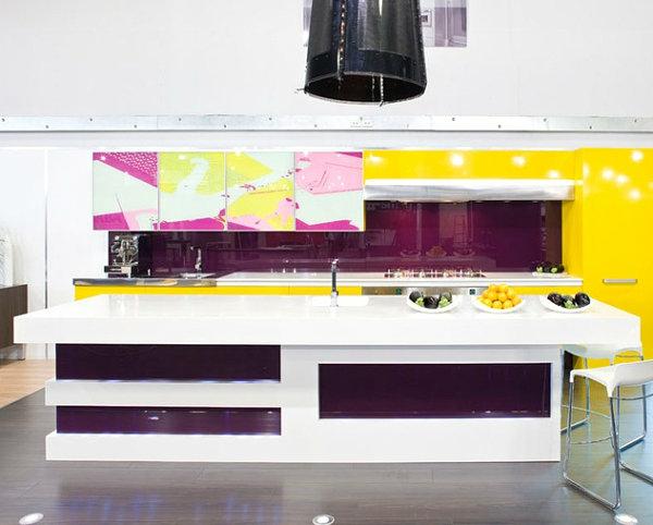 coole inneneinrichtung in bunten farben kücheninsel spüle
