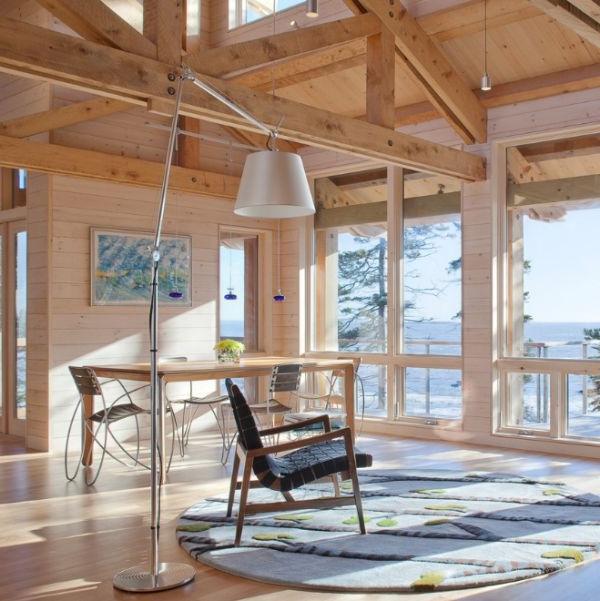 designer stühle runder figurenteppich offene deckenbalken
