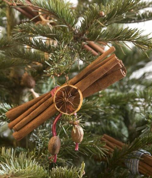 diy weihnachtsdekoration zimt bündel tannenbaum