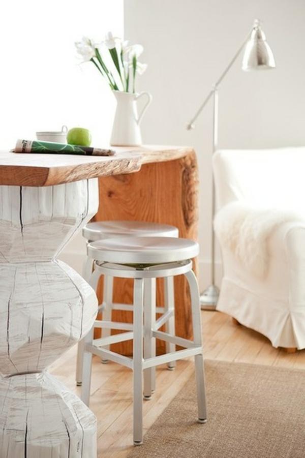 einzimmerwohnung naturholz tresen mit grober maserung - Einzimmerwohnung