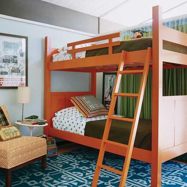 etagenbett mit leiter in orange