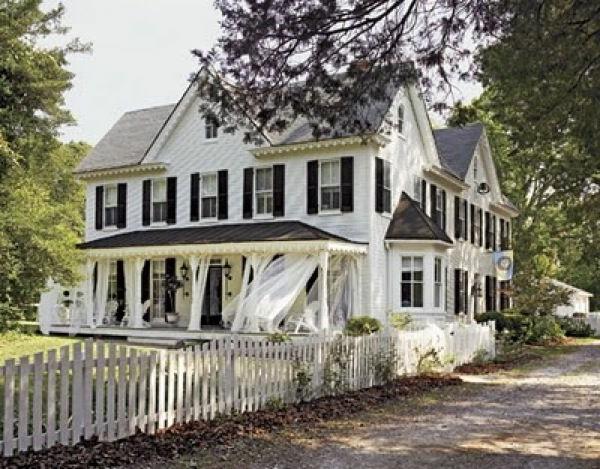 gardinen und vorhänge traditionelles haus mit großer veranda