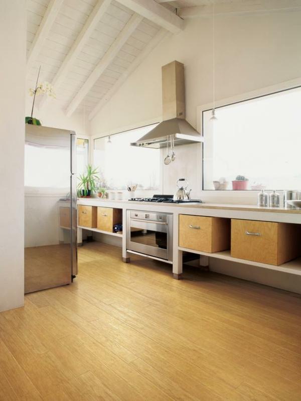 küchenboden eichholzparkett und offene deckenbalken