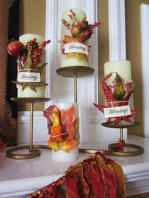 kerzen dekoration herbstlich und bunt mit deko blättern