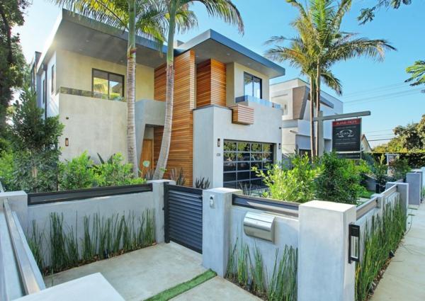 Luxushaus mit wasserelementen und modernem design in for Modernes luxushaus