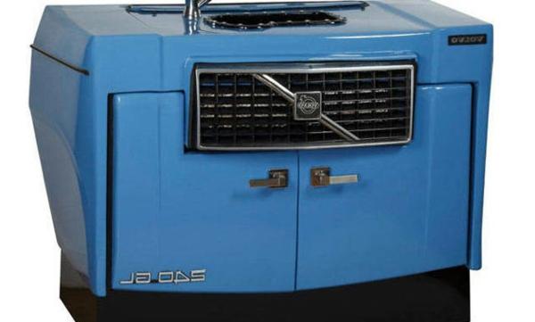 möbel aus autoteilen blaue waschkommode volvo