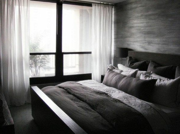 minimalistisches schlafzimmer dunkle farben kontrast weiß gardinen