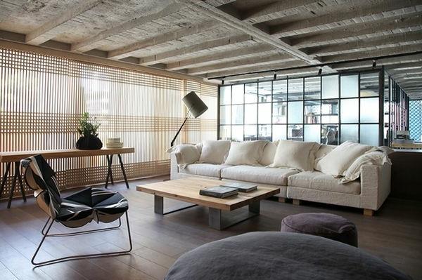 schickes Loft und Design Studio wohnzimmer weiß sofa decke