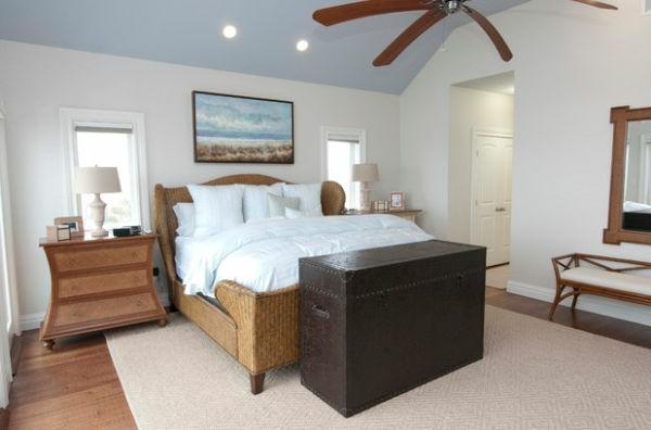 serene schlafzimmer cool organisch texturen schlittenbett