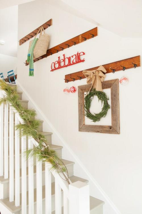 sparsame Dekoideen für die Feiertage feiern aufhänger treppe flur