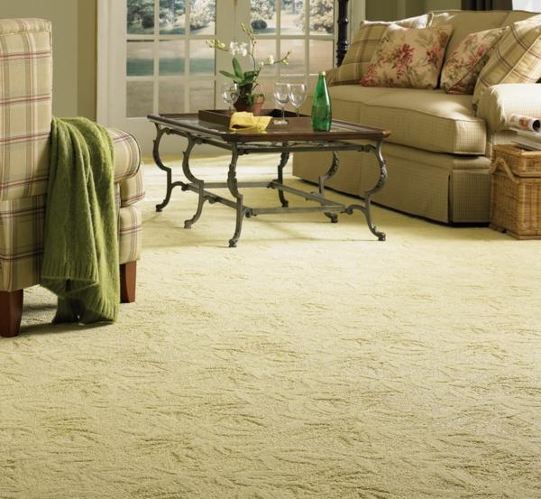 teppiche mit filigranen mustern in creme