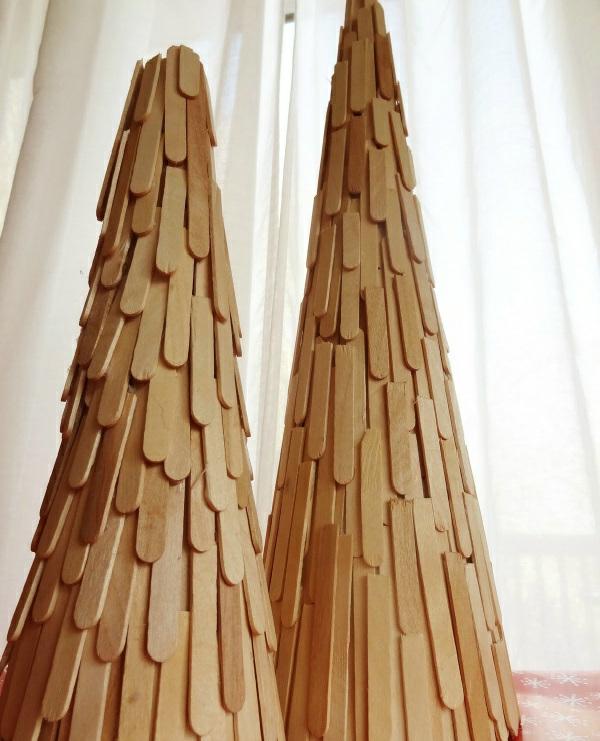 weihnachtsbaum basteln aus eis stielen