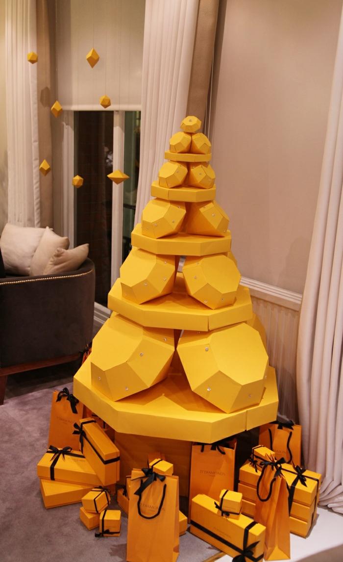 weihnachtsdekoration weihnachtsschmuck weihnachtsdeko leiter als weihnachtsbaum holzkloetze