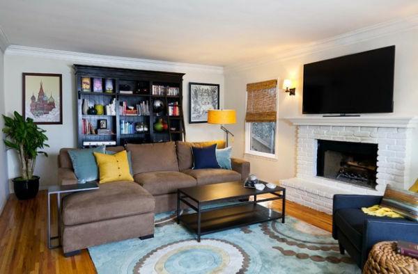 wohnzimmer farben texturen gelb läufer holzbodenbelag