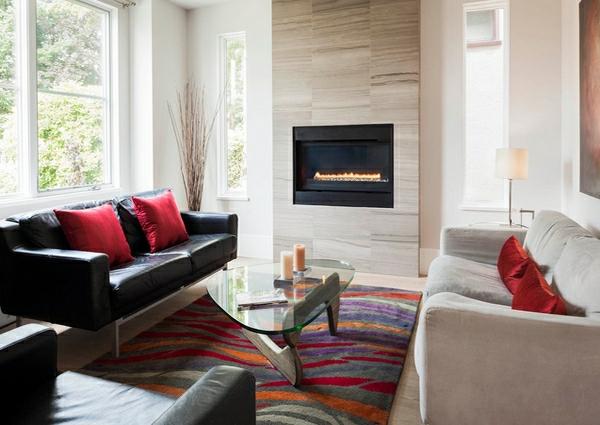 wohnzimmermöbel bunter teppich mit wellenartigen mustern