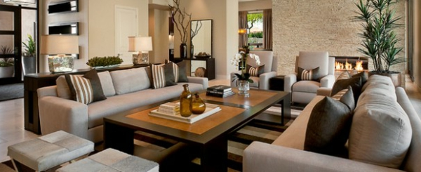wohnzimmermöbel weiß:wohnzimmermöbel gestreifter Teppich in Beige, Braun und Weiß