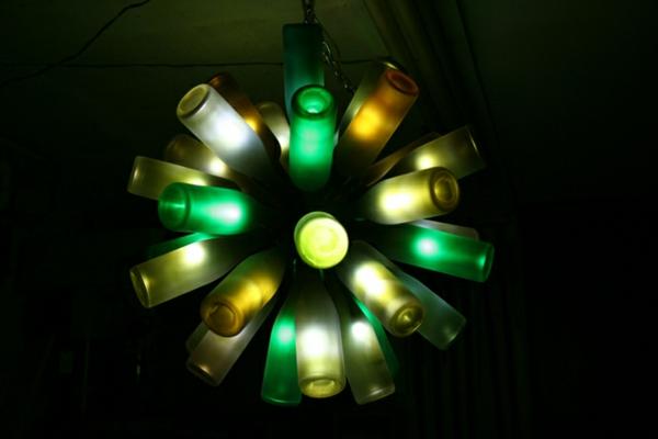 Bastelideen für DIY Projekte aus Weinflaschen beleuchtung wunderschön