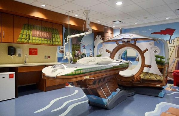 CT Scanner in einer Kinderklinik nautisch design originell weniger stressvoll