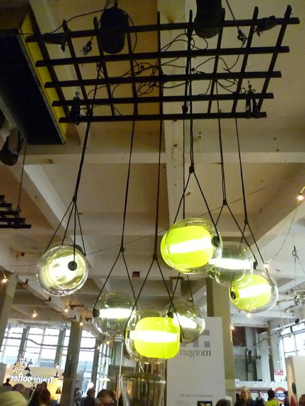 Capsula Hängelampen glasklar bunt kern natur industriell stil