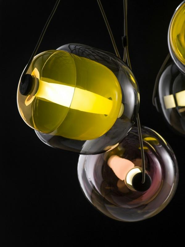 Capsula Hängelampen glasklar bunt kern natur inspiriert