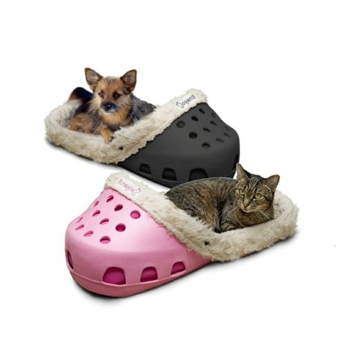 Hundebett in Form von einem Schuh katze