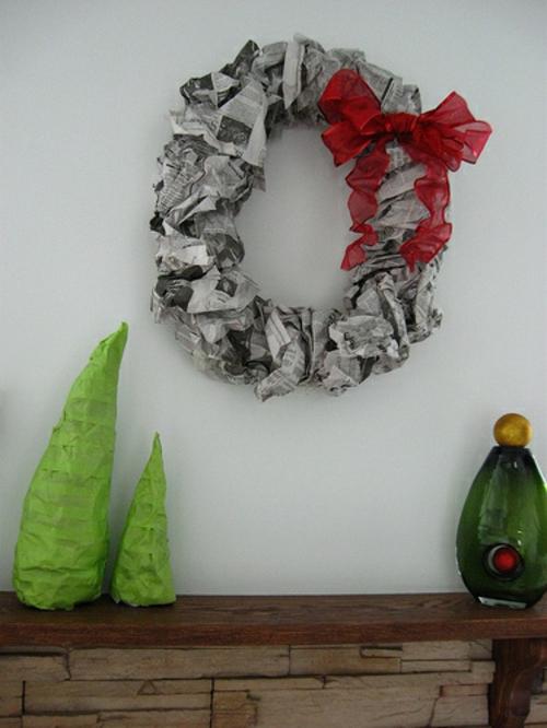 diy dekoration aus zeitung die wohnung auf kreative weise verzieren. Black Bedroom Furniture Sets. Home Design Ideas