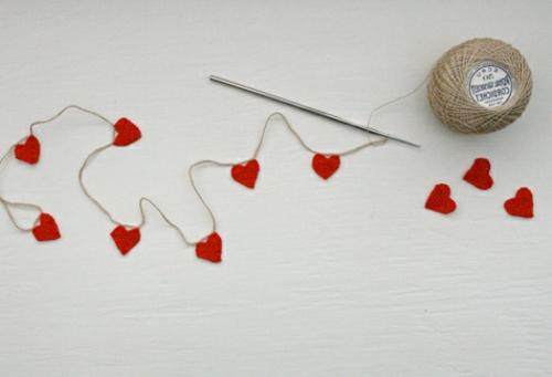 Geschenkideen zum Valentinstag kette herzen DIY