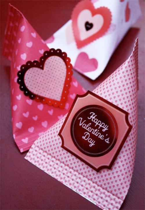 DIY Valentinstag Geschenke und Deko idee einwickelpapier
