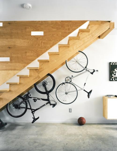 DIY Fahrrad zu Hause richtig aufbewahren ständer treppe