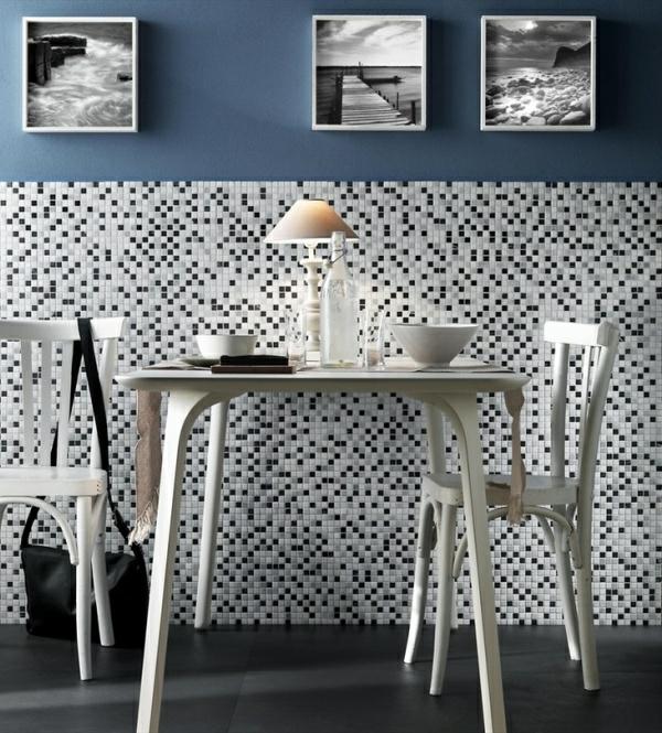 Einsatz von Mosaikfliesen im Interieur badezimmer schwarz weiß