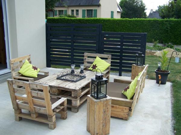 europaletten recyceln diy m bel aus holzpaletten. Black Bedroom Furniture Sets. Home Design Ideas