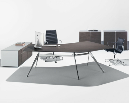 Günstige Schreibtische fürs Büro holz geometrisch formen