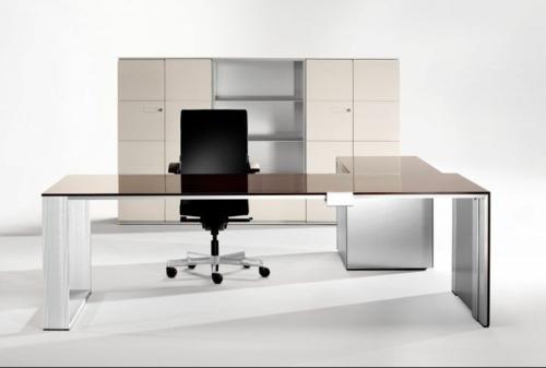 Günstige Schreibtische fürs Büro holz sachlich design