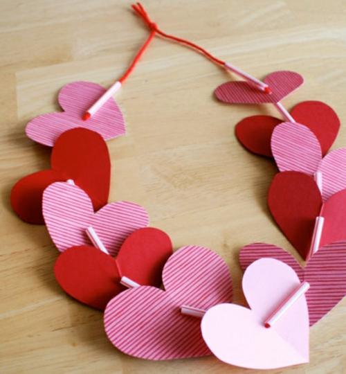 Geschenke und Dekoration zum Valentinstag selbst machen herzen