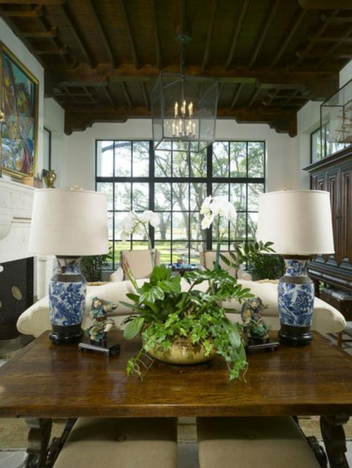 Herrliche Lampen und Leuchten als Dekoration verziert blau keramisch
