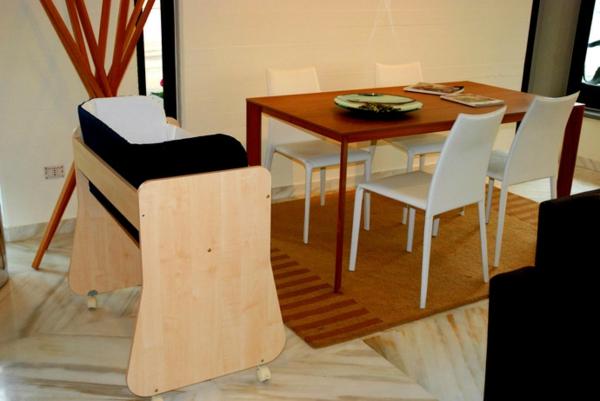 Innovatives Babybett Cully Belly Co Sleeper holz konstruktion esszimmer