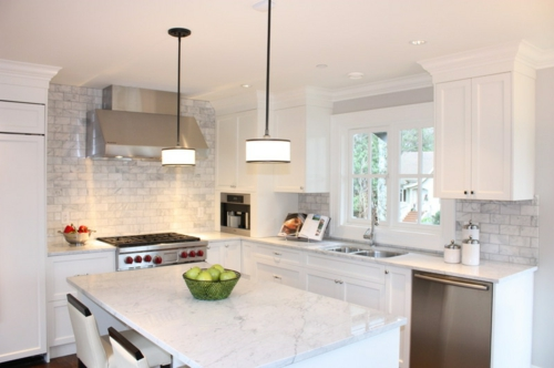 Küchenarbeitsplatte und Küchenrückwand fenster traditionell einrichtung